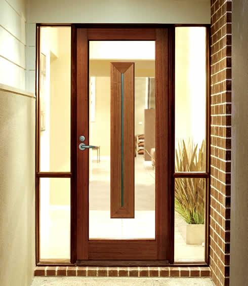 дизайн входной двери в котедж